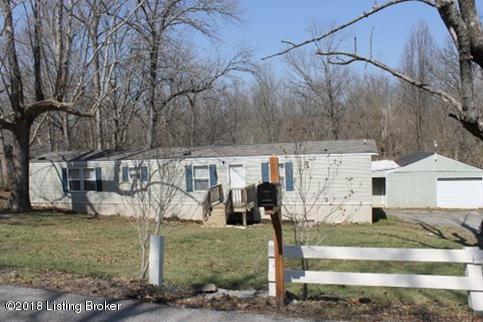 2313 Creekside Ln, Crestwood, KY 40014 (#1500430) :: Team Panella