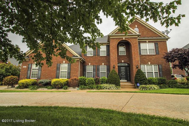 10914 Worthington Ln, Prospect, KY 40059 (#1501822) :: The Sokoler-Medley Team