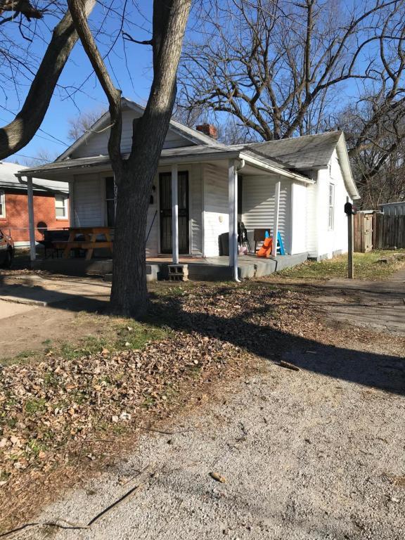 3707 Cliff Ave, Louisville, KY 40215 (#1501928) :: Team Panella