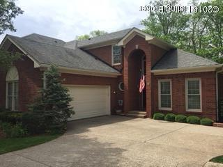 10109 Cave Creek Rd, Louisville, KY 40223 (#1502328) :: Team Panella