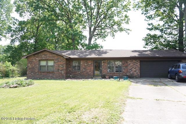 1002 Andle Ct, Louisville, KY 40214 (#1503229) :: Team Panella