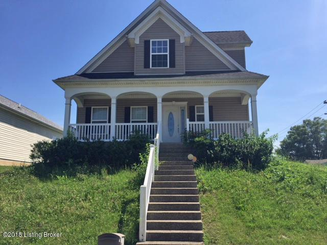 3428 Young Ave, Louisville, KY 40211 (#1506580) :: Segrest Group