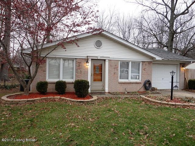 1005 Andle Ct, Louisville, KY 40214 (#1506857) :: Segrest Group