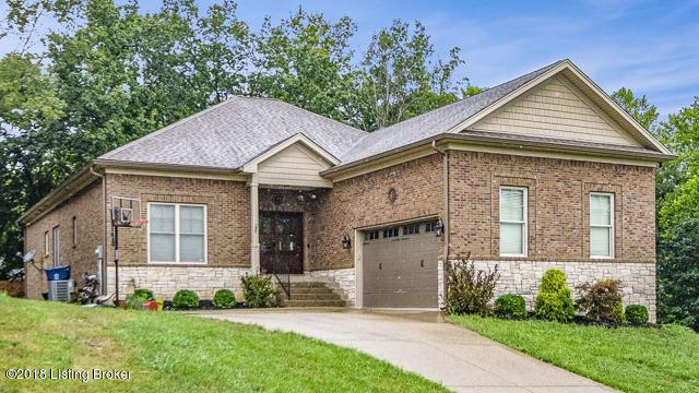6801 Ashland Dr, Pewee Valley, KY 40056 (#1509862) :: The Stiller Group