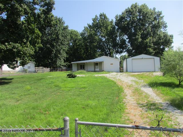 252 Lick Creek Rd, Shepherdsville, KY 40165 (#1510138) :: The Sokoler-Medley Team