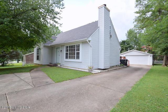 8821 Gutenberg Rd, Louisville, KY 40299 (#1510534) :: At Home In Louisville Real Estate Group