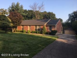 11808 Garr Ave, Louisville, KY 40223 (#1512237) :: The Stiller Group
