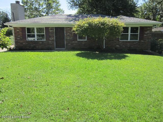 9612 Willowwood Way, Louisville, KY 40299 (#1514660) :: Segrest Group