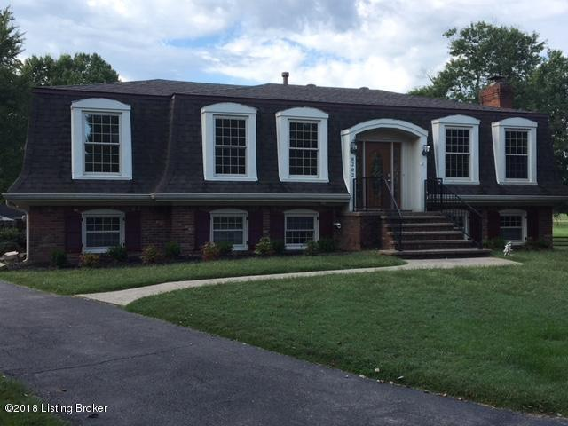 8202 Farmwood Way, Louisville, KY 40291 (#1515244) :: At Home In Louisville Real Estate Group