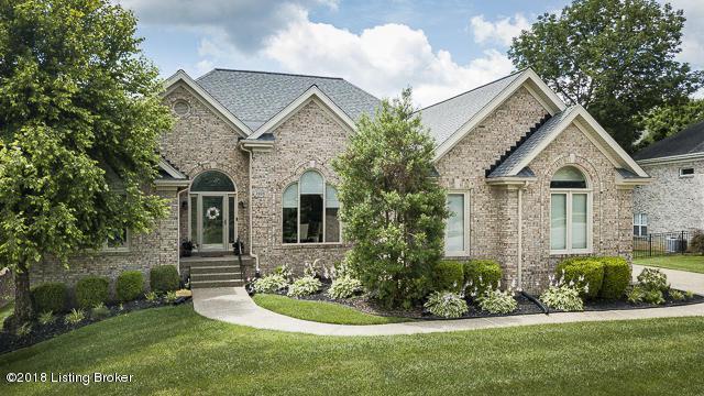 3906 Woodmont Park Ln, Louisville, KY 40245 (#1515699) :: Segrest Group