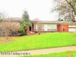 2004 Mary Catherine Dr, Louisville, KY 40216 (#1517044) :: Team Panella