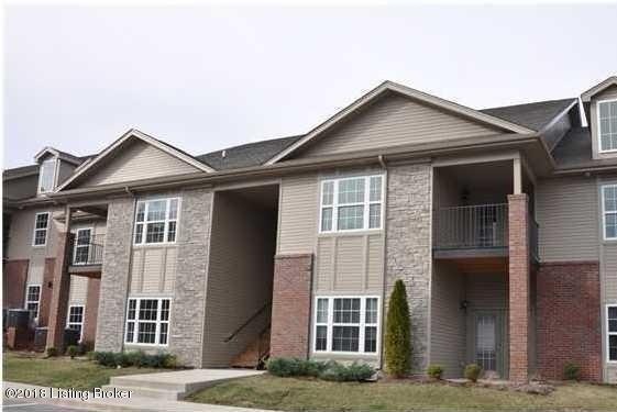 7311 Saint Andrews Woods Cir #201, Louisville, KY 40214 (#1518391) :: Segrest Group