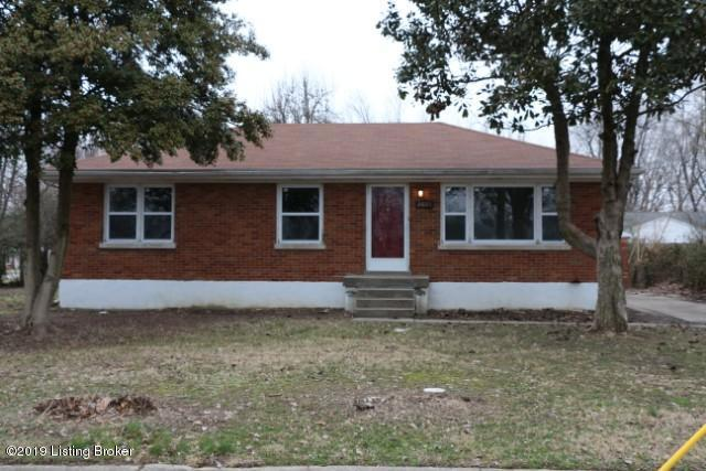 2025 Dixie Garden Dr, Louisville, KY 40272 (#1523195) :: The Sokoler-Medley Team