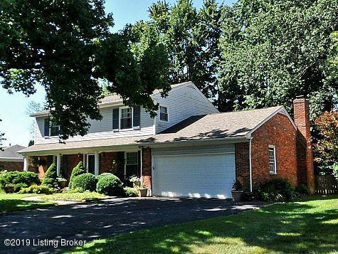 2608 Aylesbury Ct, Louisville, KY 40242 (#1525151) :: The Sokoler-Medley Team