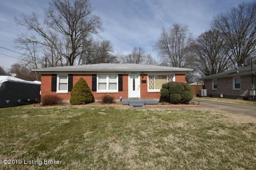 5011 Columbia Ave, Louisville, KY 40258 (#1525415) :: The Stiller Group