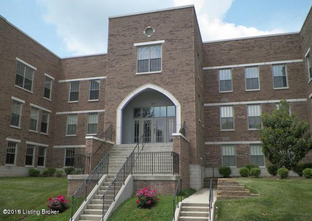 1915 Wrocklage Ave #208, Louisville, KY 40205 (#1526464) :: Segrest Group