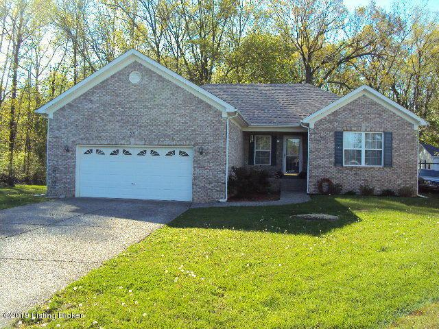 607 Beechwood Ave, Shepherdsville, KY 40165 (#1530087) :: The Sokoler-Medley Team
