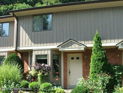 5511 Forest Lake Dr, Louisville, KY 40059 (#1530581) :: The Sokoler-Medley Team