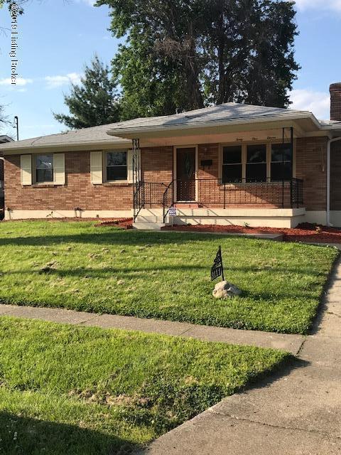 3111 Pioneer Rd, Louisville, KY 40216 (#1532342) :: Team Panella