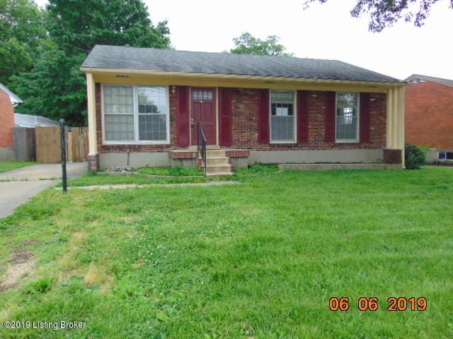 10113 Charleswood Rd, Louisville, KY 40229 (#1534178) :: The Sokoler-Medley Team