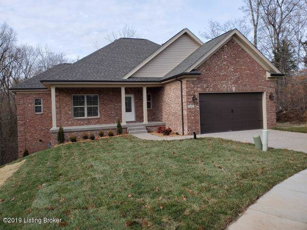 7602 Pauls View Pl, Louisville, KY 40228 (#1549228) :: Team Panella