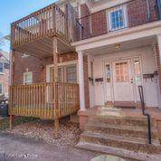 715 Woodlawn Ave - Photo 1