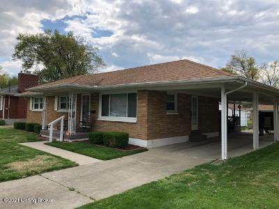 4304 Estate Dr, Louisville, KY 40216 (#1583669) :: The Sokoler Team