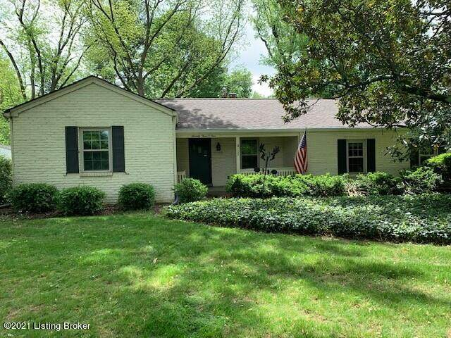 7304 Wesboro Rd, Louisville, KY 40222 (#1584703) :: The Sokoler Team