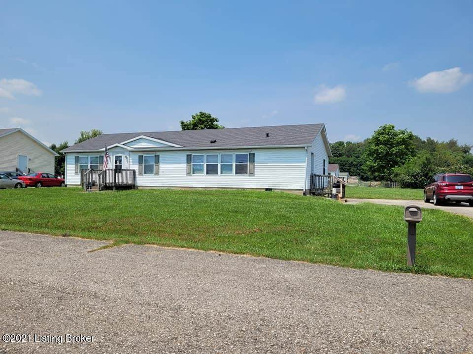 42 Wesley Dr - Photo 1