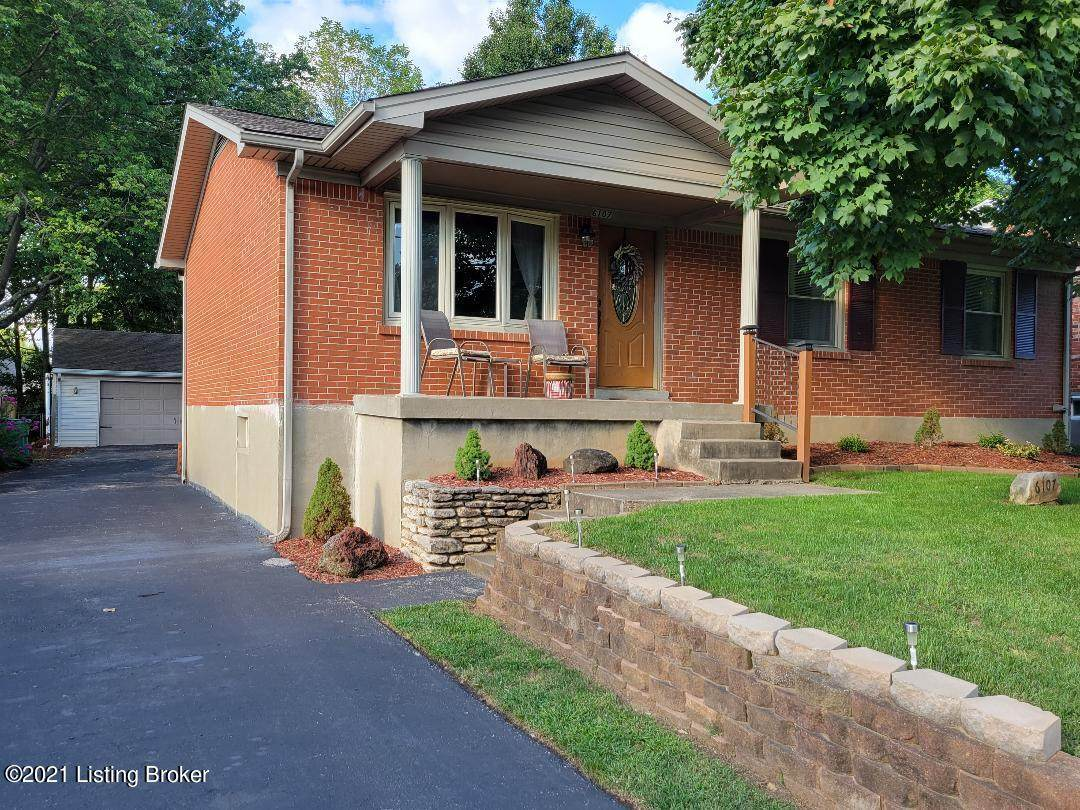 6107 Lynnchester Dr - Photo 1