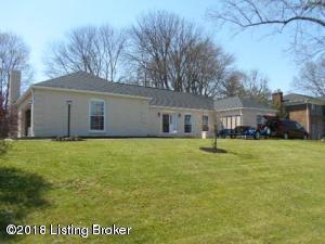 2900 Carlingford Dr, Louisville, KY 40222 (#1504595) :: The Stiller Group