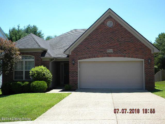 9846 Collier Ln, Louisville, KY 40291 (#1508334) :: Segrest Group