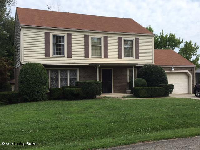 7109 Peppermill Ln, Louisville, KY 40228 (#1510996) :: The Stiller Group