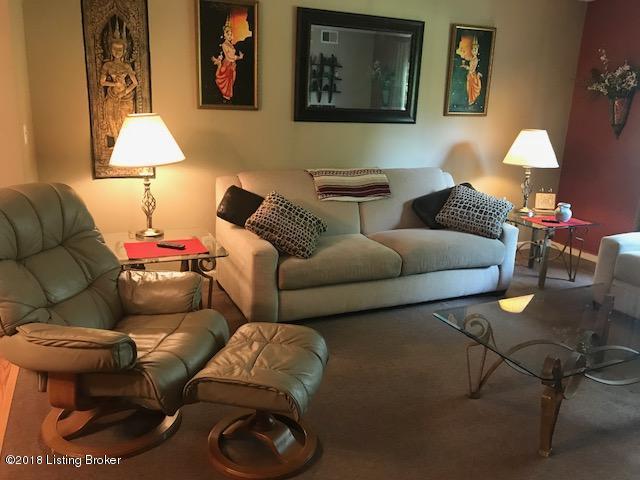 3505 Lodge Ln #212, Louisville, KY 40218 (#1512198) :: Team Panella