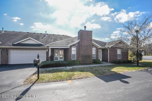 5103 April Lake Ct, Louisville, KY 40272 (#1521308) :: The Stiller Group
