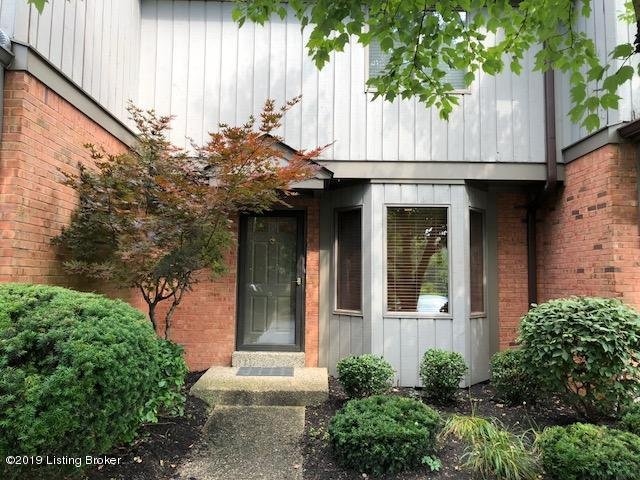 6393 Marina Dr, Louisville, KY 40059 (#1536680) :: The Sokoler-Medley Team