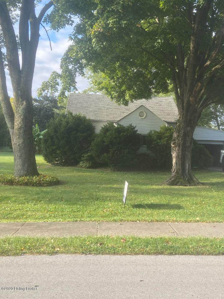 5572 Bruce Ave - Photo 1