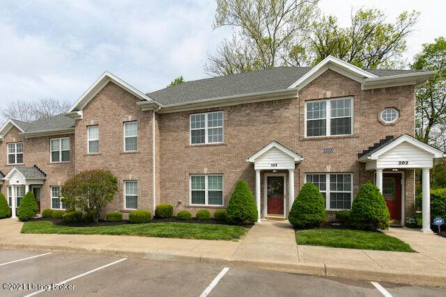 6003 Wooded Creek Drive Dr #102, Louisville, KY 40291 (#1584071) :: At Home In Louisville Real Estate Group