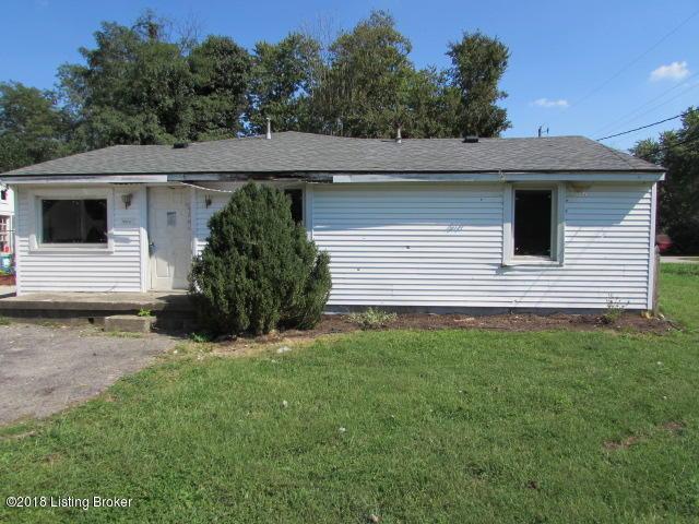 4813 Overbrook Dr, Louisville, KY 40216 (#1513565) :: Segrest Group