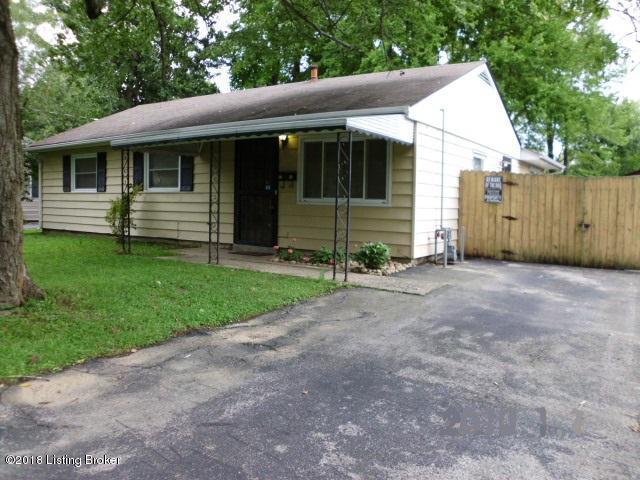 5103 Ventura Ln, Louisville, KY 40272 (#1515270) :: The Stiller Group