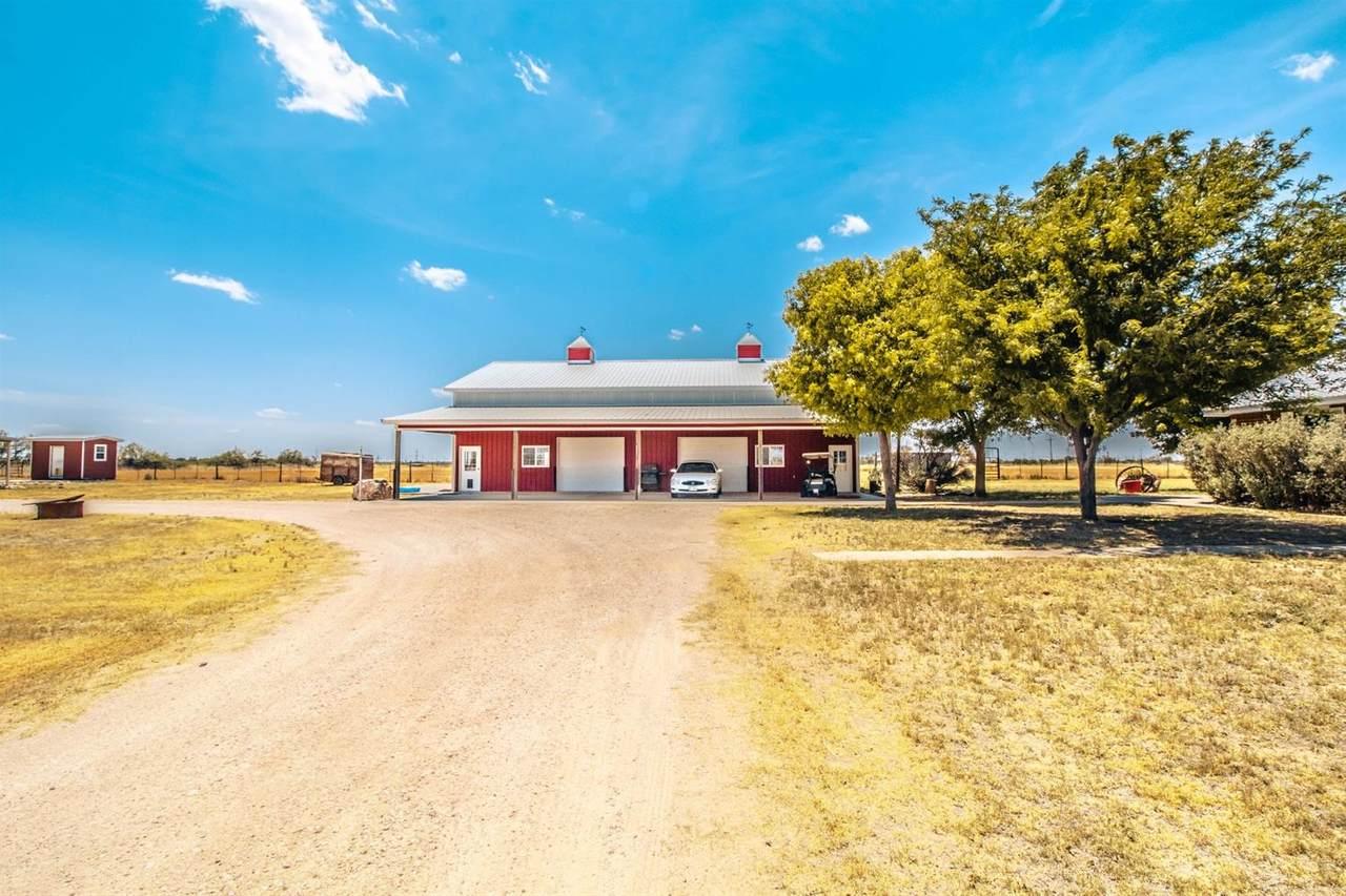 1 Farm Road 2055 - Photo 1