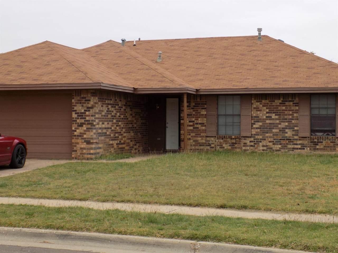 1017 Homestead Drive - Photo 1