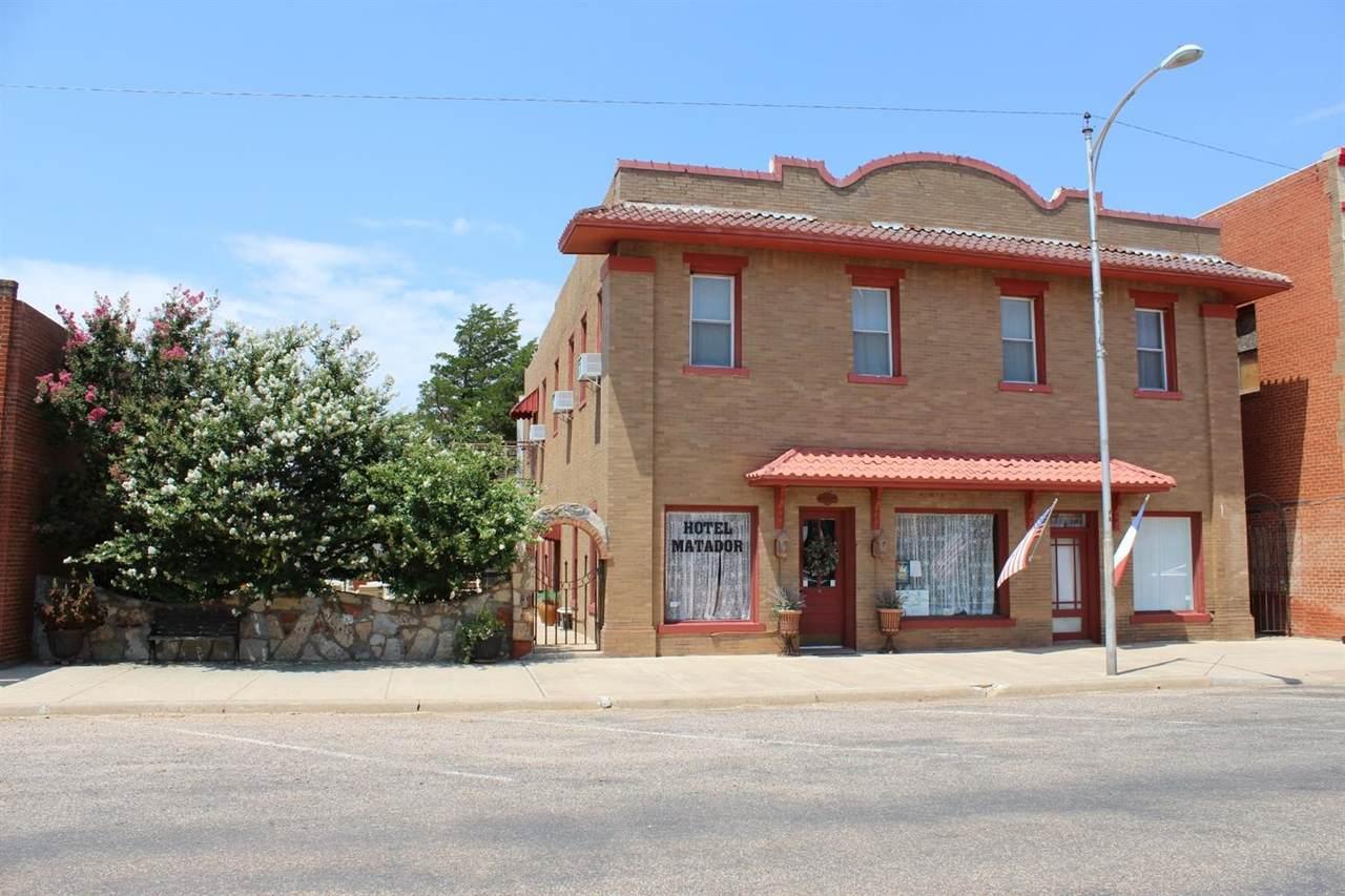 1115 Main Street - Photo 1
