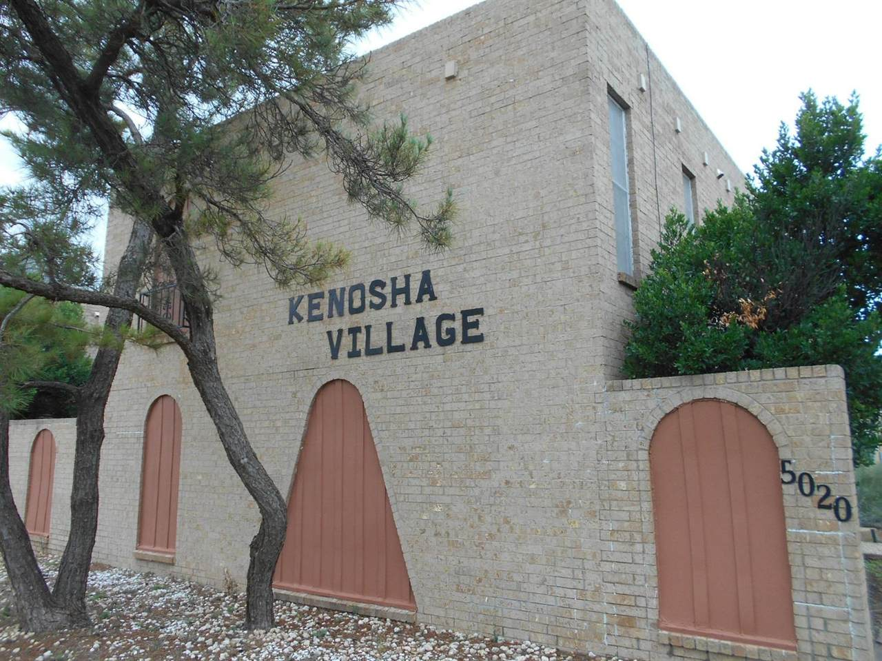 5018-D Kenosha Avenue - Photo 1
