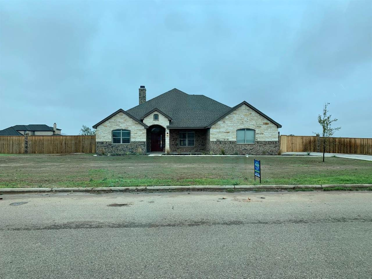 8804 County Road 6870 - Photo 1