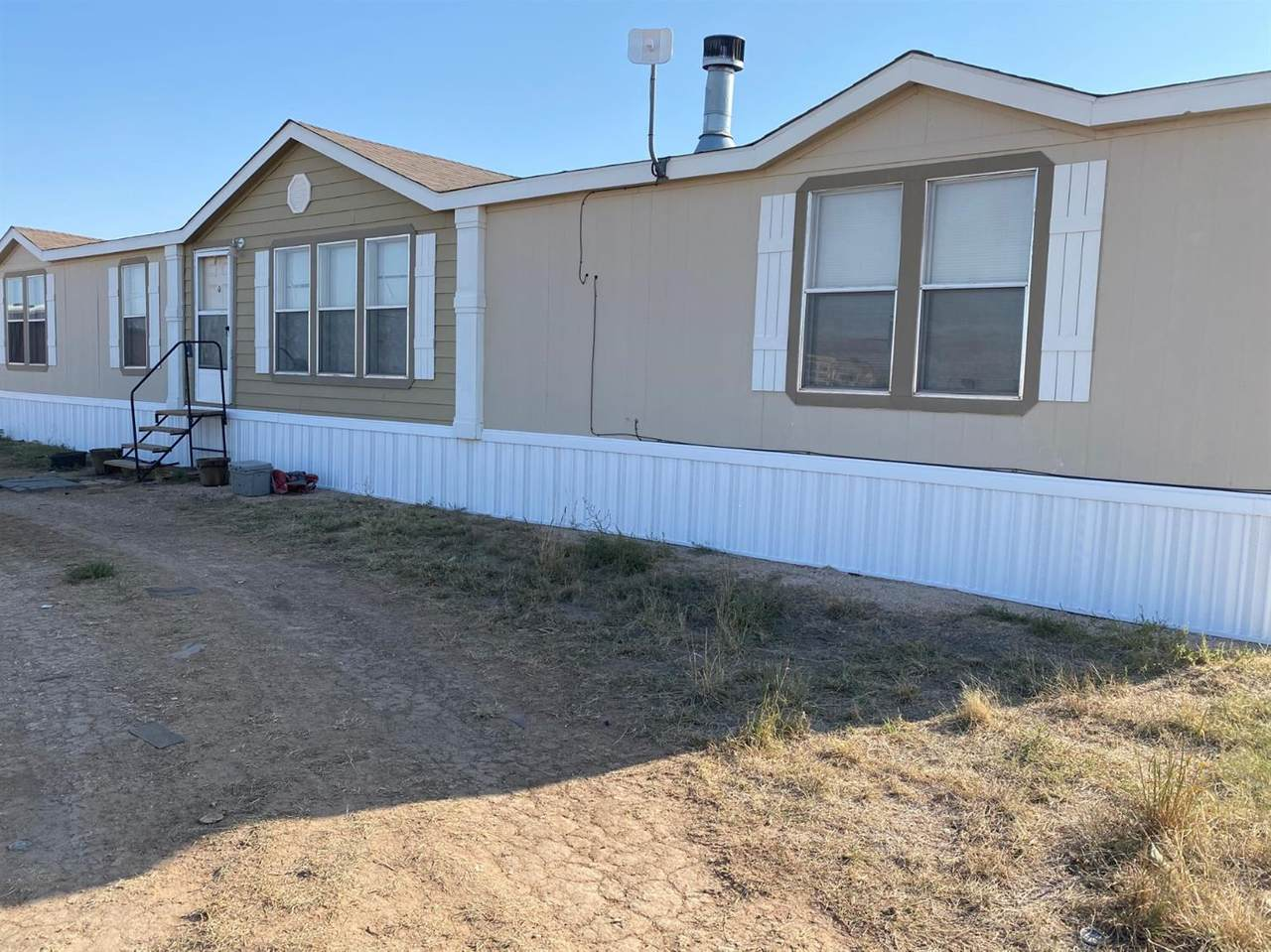 2838 State Road 168 - Photo 1