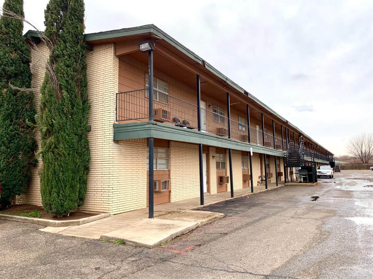 7410-14 Quaker Avenue - Photo 1