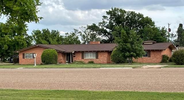 807 W Main Street, Post, TX 79356 (MLS #202103937) :: Lyons Realty