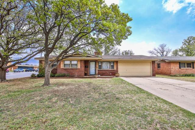 2101 55th Street, Lubbock, TX 79412 (MLS #202105376) :: Better Homes and Gardens Real Estate Blu Realty