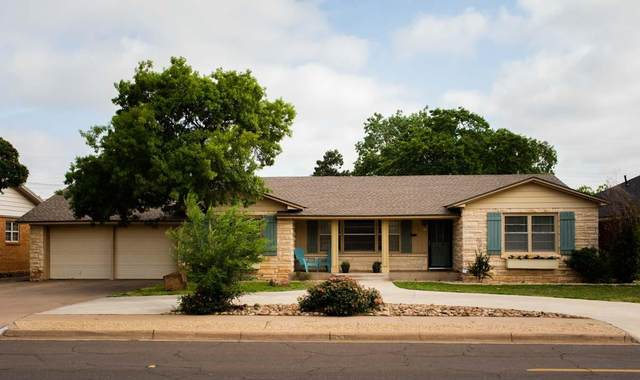 3018 32nd Street, Lubbock, TX 79410 (MLS #202105361) :: Stacey Rogers Real Estate Group at Keller Williams Realty